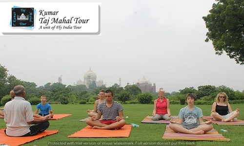 Rejuvenate with Taj Mahal Tour